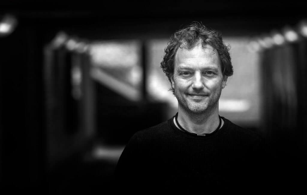 Joris Vincken. coach, coaching, schrijver, lezingen, spreker, musicus, muzikant, hart-ontmoeting, hart-ontmoetingen