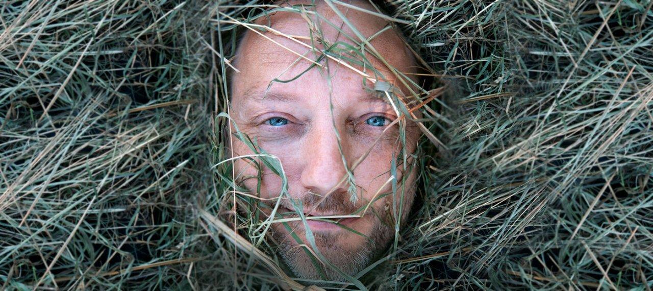 Dichtbundel – Het gras is groener aan deze kant
